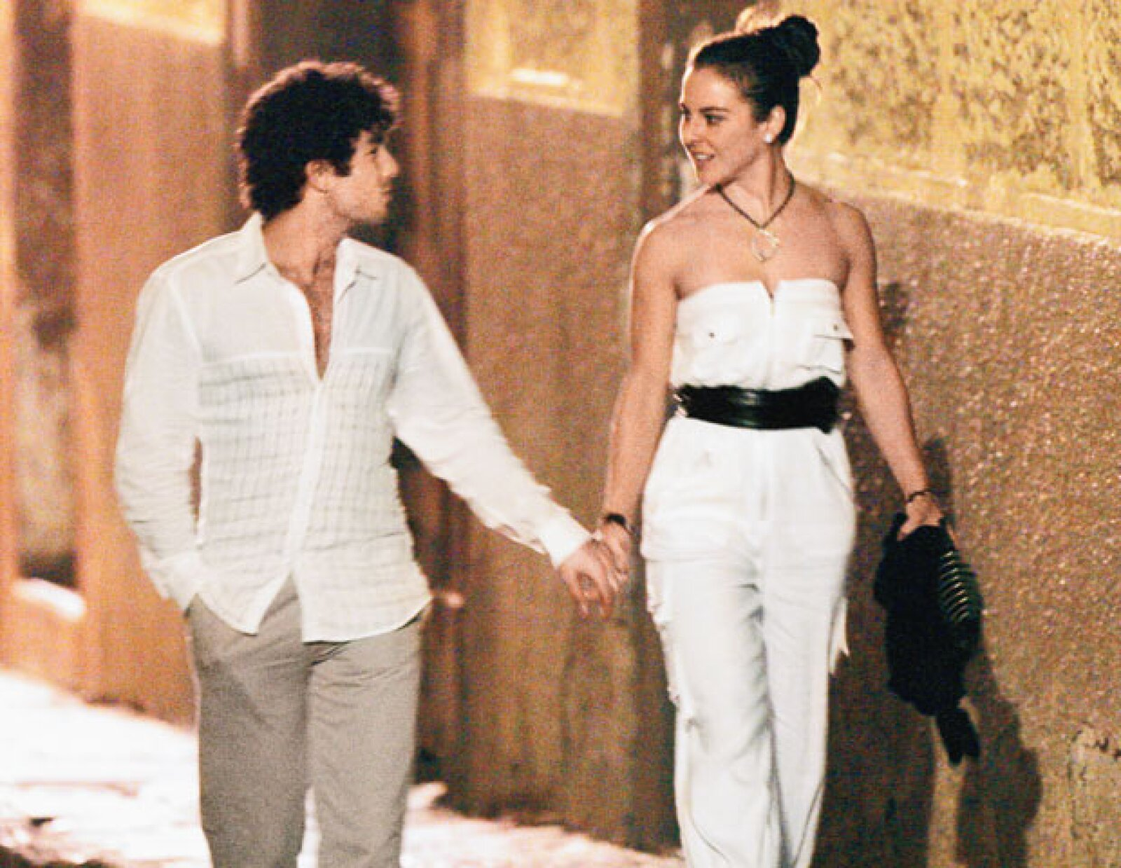 En la singular ceremonia Aarón se disfrazó de Elvis Presley, de  quien es ferviente admirador, y Kate de Marilyn Monroe.
