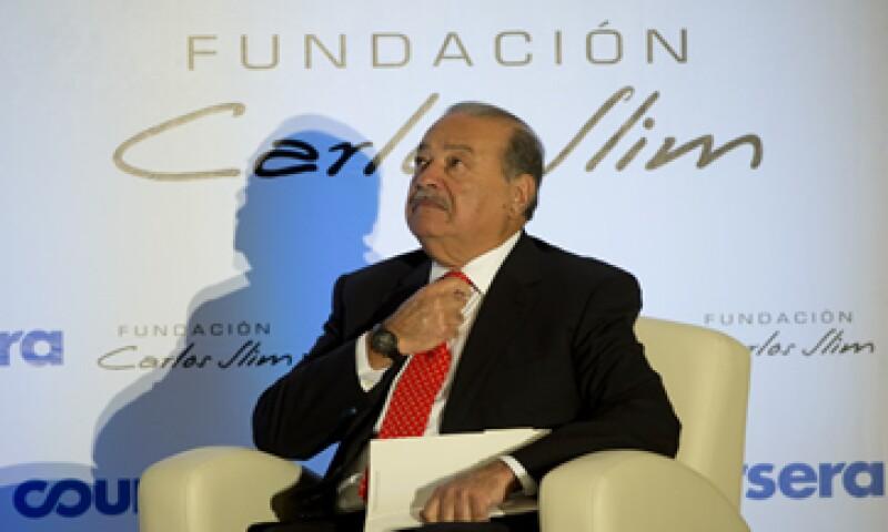 La empresa de Carlos Slim, América Móvil apuesta por una empresa que aunque tiene pocos clientes, iene prescencia en países con potencial de crecimiento.  (Foto: AFP )