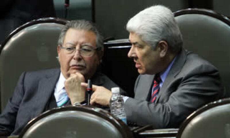 Francisco Rojas (izq) y Francisco Ramírez (der) señalaron que el Senado deberá estudiar los pormenores del acuerdo. (Foto: Notimex)