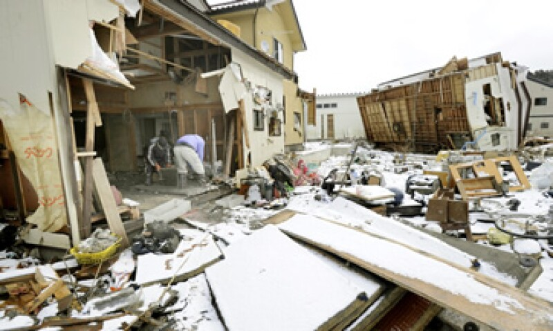 El terremoto en Japón dejó un saldo de 15,840 muertes, de acuerdo a la AMIS. (Foto: AP)