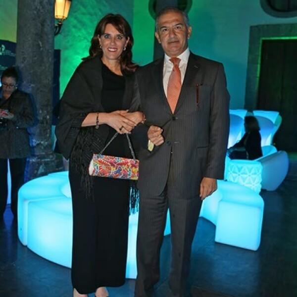 Annie Barreiro y Rafael Niembro
