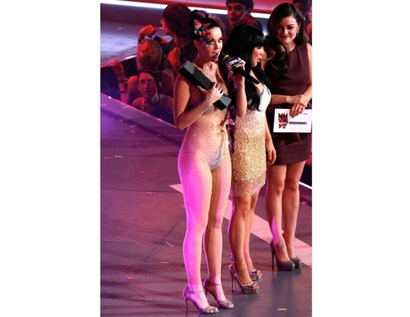 Katy decidió cubrirse con el premio `Much Music´.