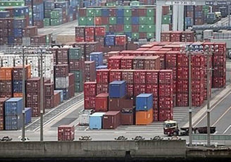 Las revisiones que se hacen en las aduanas a las mercancías y contenedores retrasan el comercio exterior en México.  (Foto: Reuters)