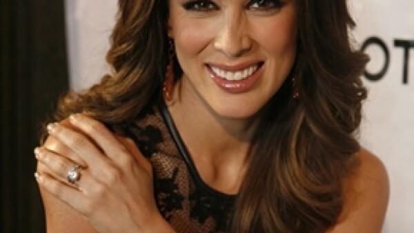 Jacqueline Bracamontes fue elegida imagen y embajadora internacional de la marca de relojes Hublot.