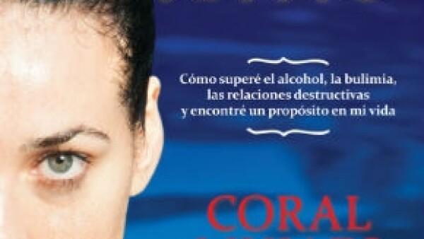 Tras tocar fondo con adicciones como el alcohol y los desórdenes alimenticios, Coral Mujaes publicó un libro donde cuenta la experiencia al finalmente sanar su vida.