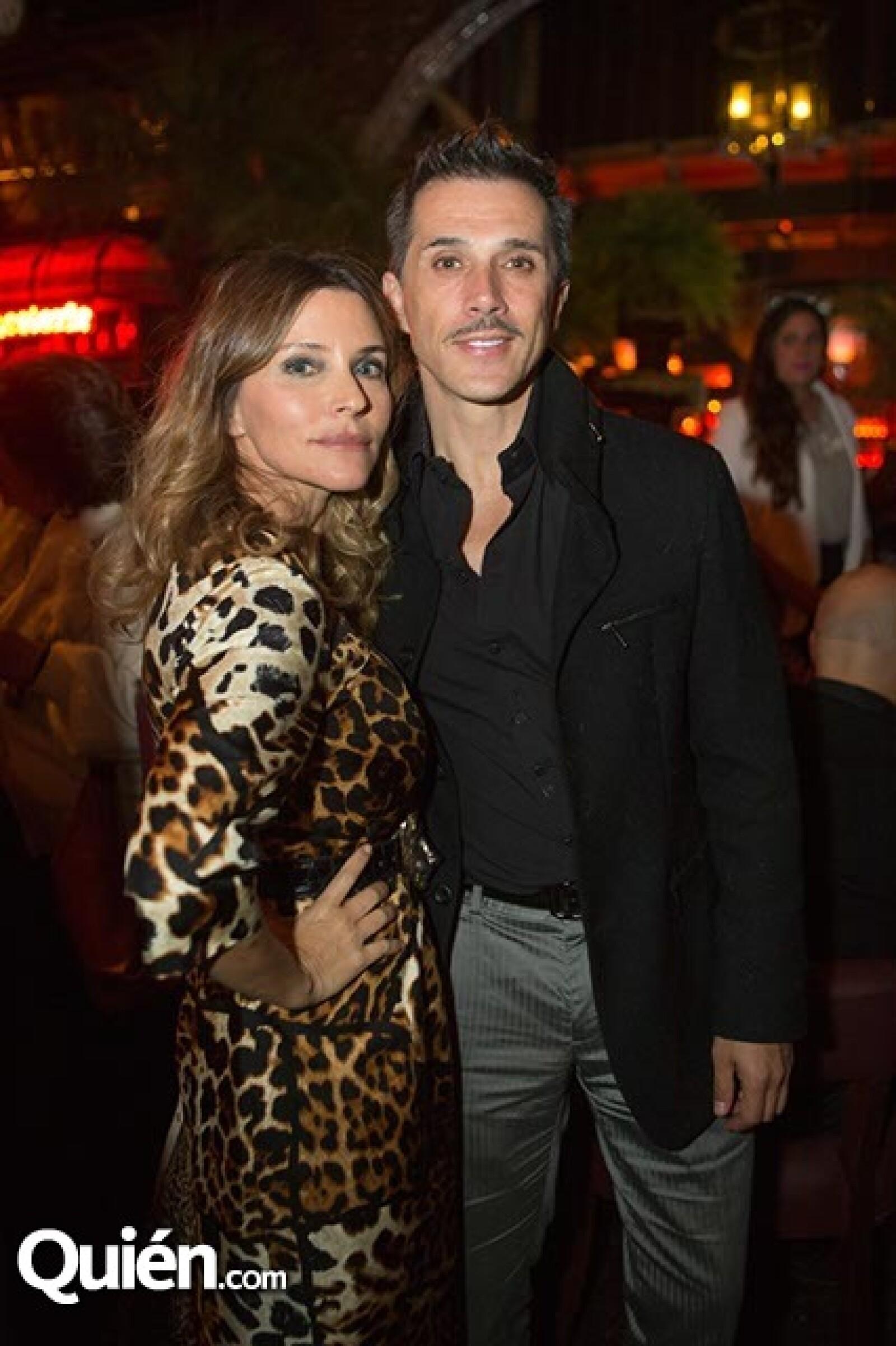 Isabella Camil y Sergio Mayer