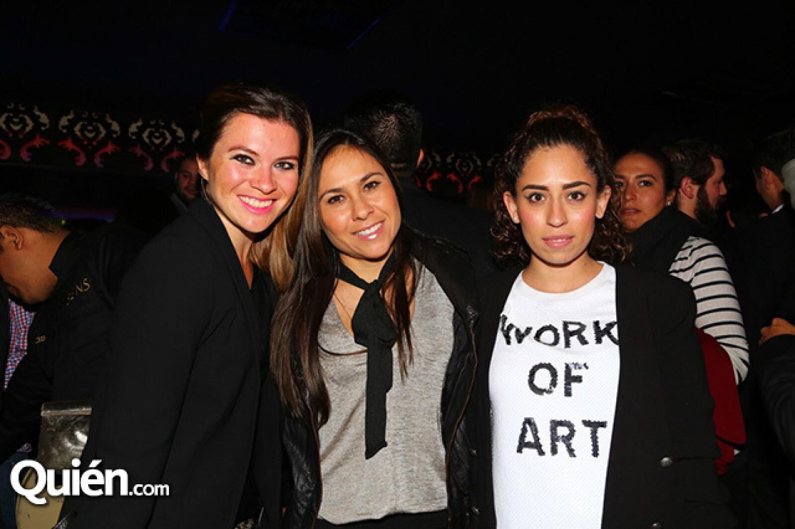 Jessica Parra,Angélica Velasco y María Cortés