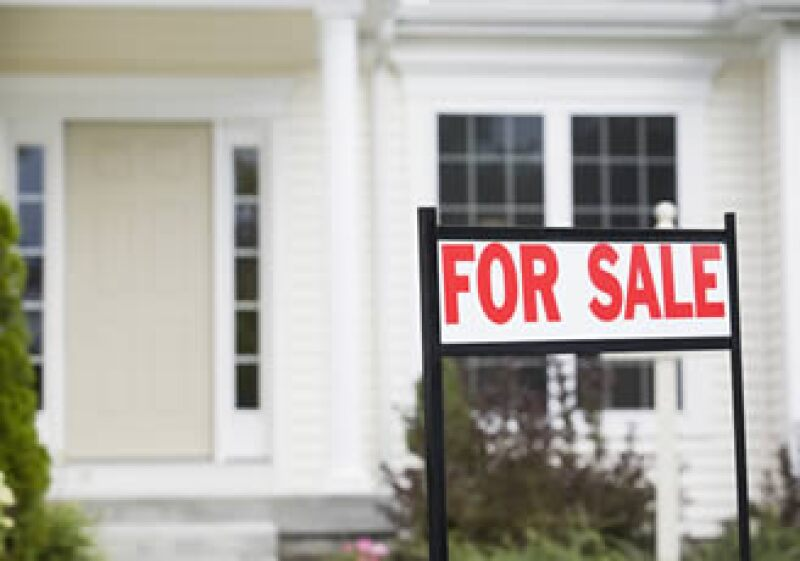 El precio medio de una vivienda bajó un 5.9% frente a marzo del año anterior, a 159,600 dólares. (Foto: AP)