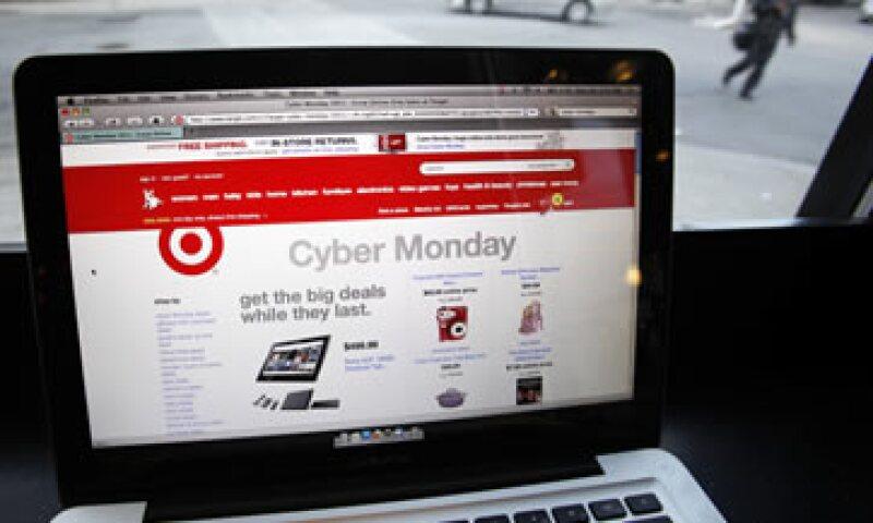 Las cifras de gasto de comScore excluyen viajes, subastas y grandes adquisiciones de corporaciones. (Foto: AP)