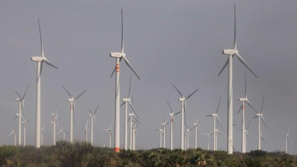 Los tres países buscarán producir un 50% de su energía con fuentes limpias.