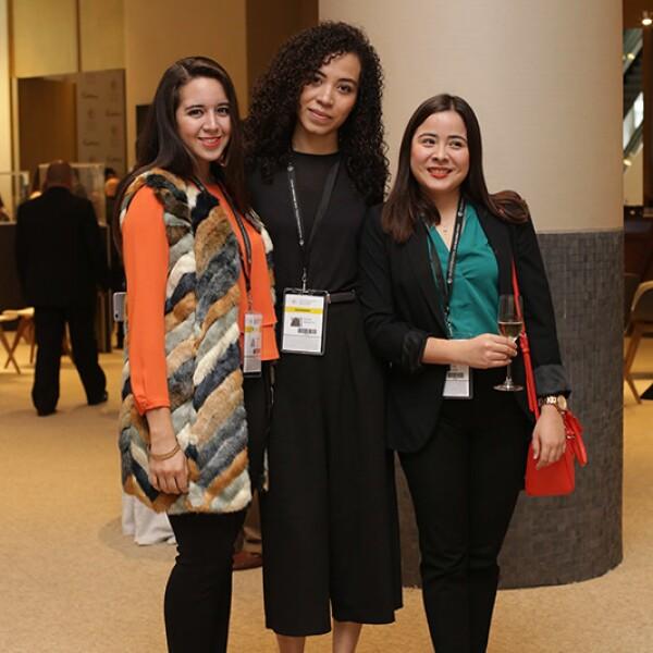 Cristina Romo,Maleni Barrientos y Romina Calle