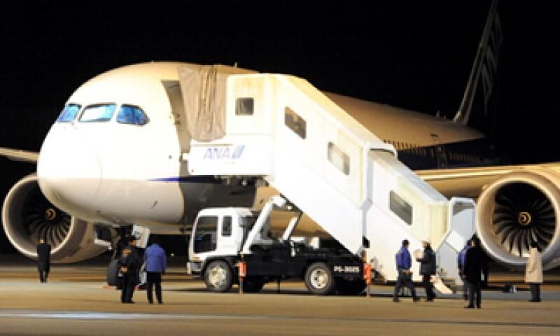 Japón, India y otros países han dejado en tierra a los aviones Dreamliner por fallas en las baterías.  (Foto: Getty Images)