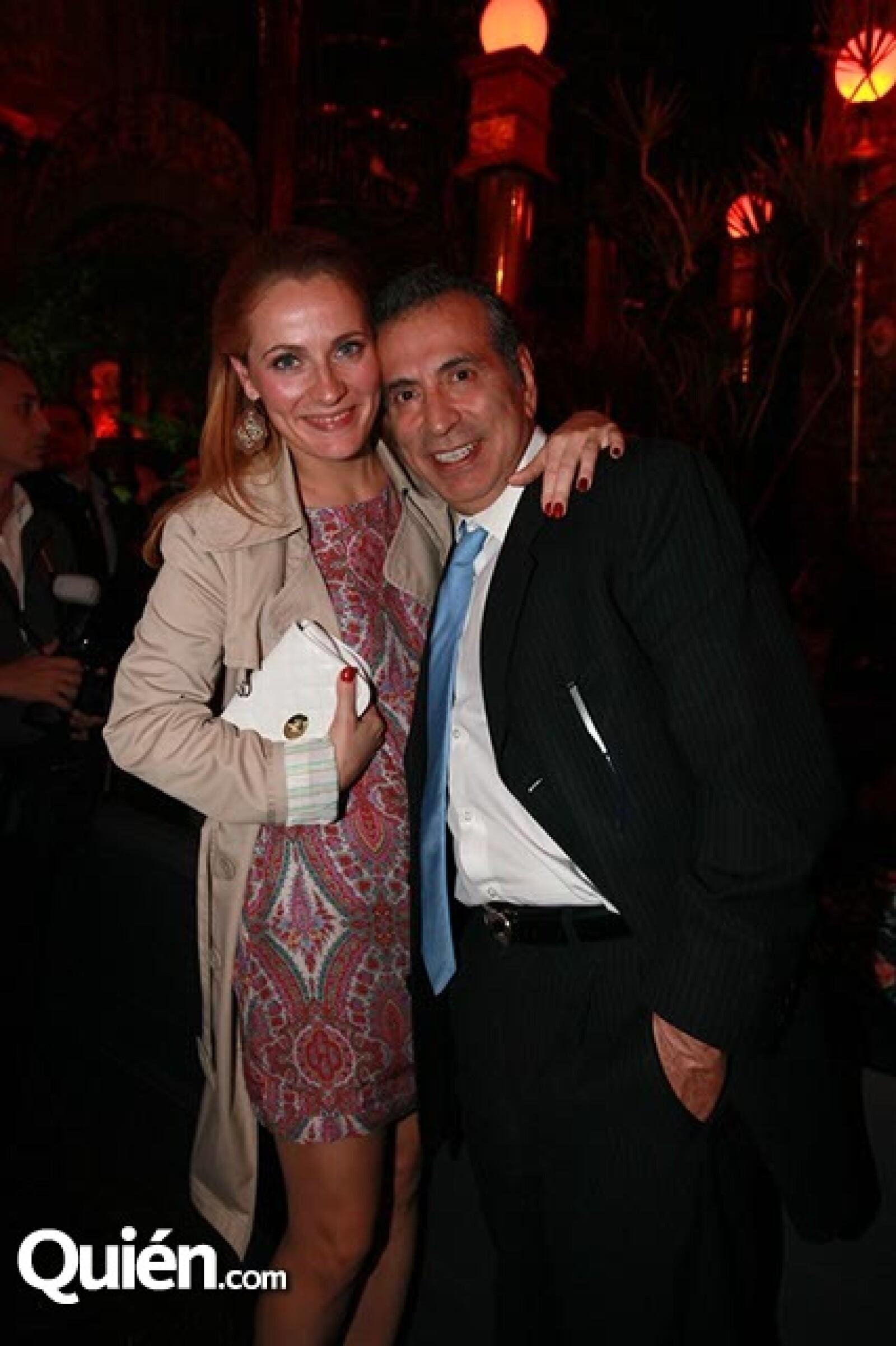 Melinda Bokor y Arturo Moyiniski