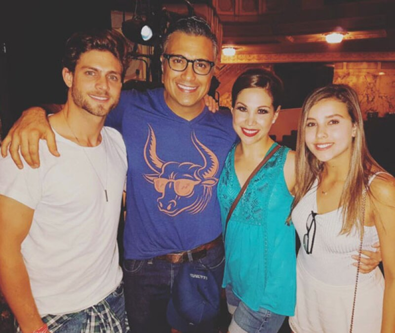 La pareja disfrutó de Chicago con Jaime Camil y Bianca Marroquín.