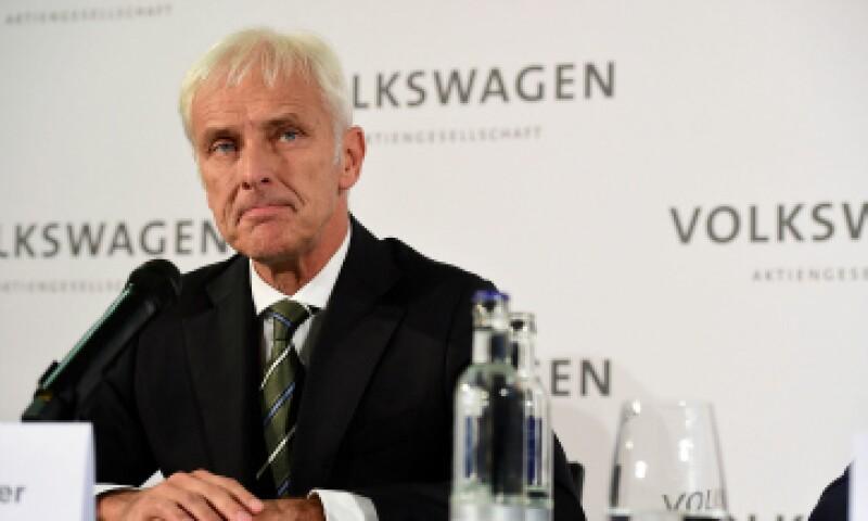 Matthias Müller anunció que la firma estaba revisando todos sus proyectos de inversión. (Foto: Getty Images/ Archivo)