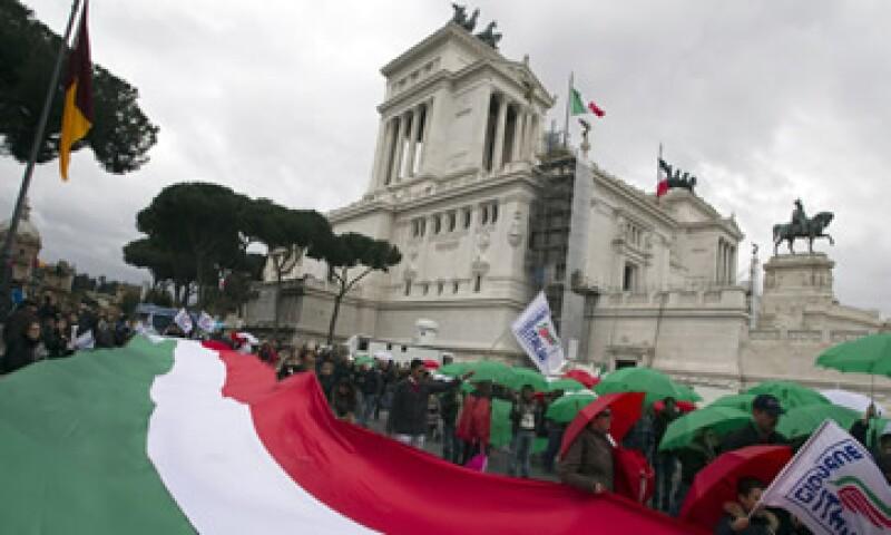 Italia intenta reducir su déficit fiscal por debajo del 3% de su PIB. (Foto: AP)