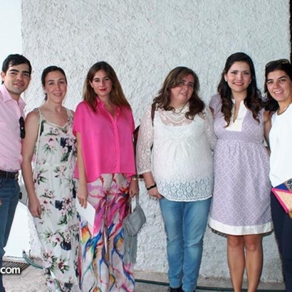 Jacobo y Celina Irizar,Lourdes Montes,Martha Elizalde,Sofía Romo y Fernando Estéves
