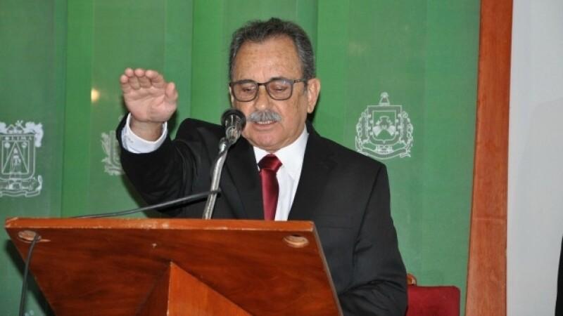 Ramon Perez Diaz gobernador interino Colima