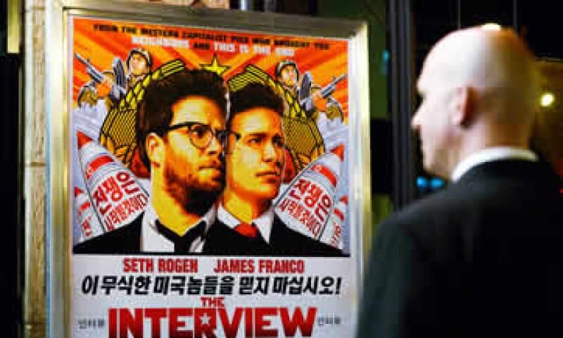 Sony Pictures negó que los estudios de cine cedieran a las amenazas de los piratas informáticos. (Foto: Reuters )