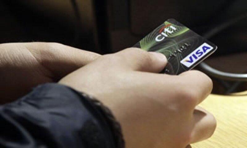 El nuevo presidente ejecutivo de Visa recibirá un salario anual de 950,000 dólares.  (Foto: AP)