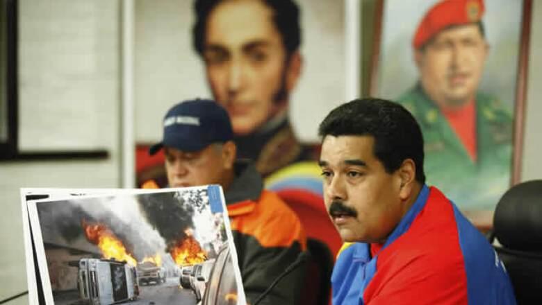 El Gobierno de Nicolás Maduro acusa a tres diplomáticos estadounidenses de financiar las protestas que han estremecido al país.