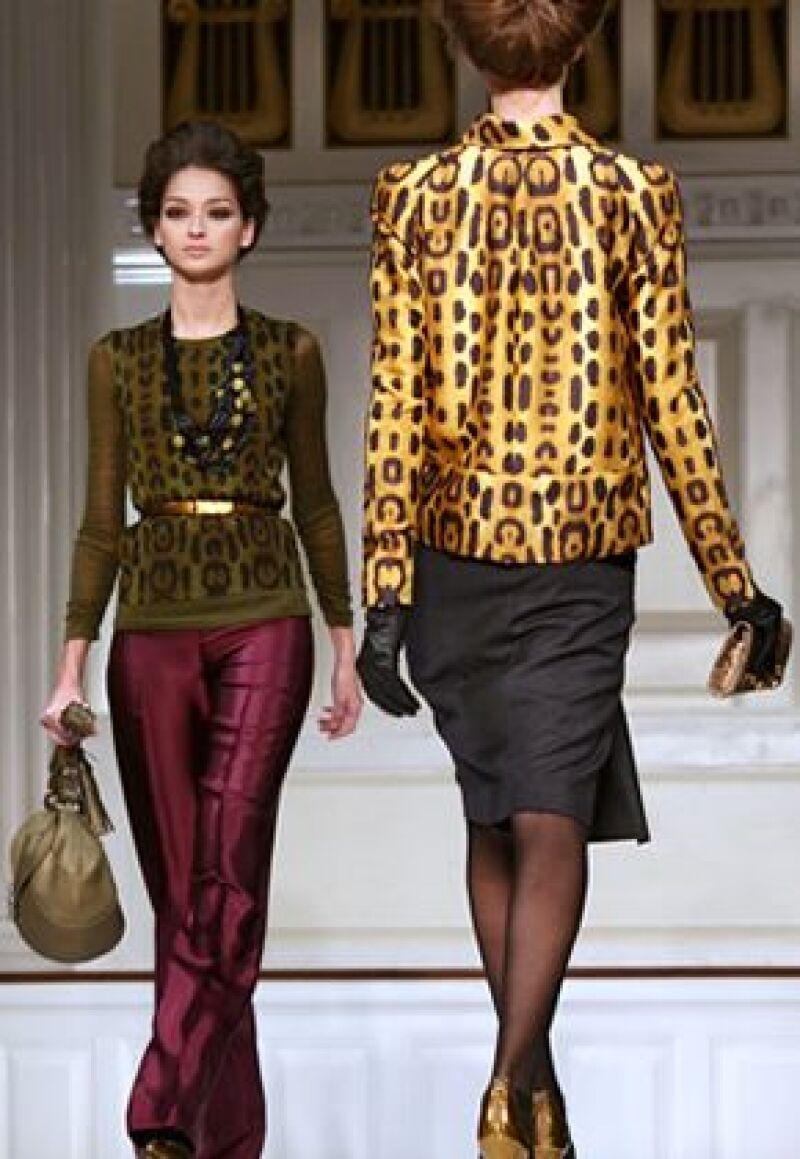 El diseñador dominicano consideró que el lujo sigue siendo prioridad, aún en época de crisis.