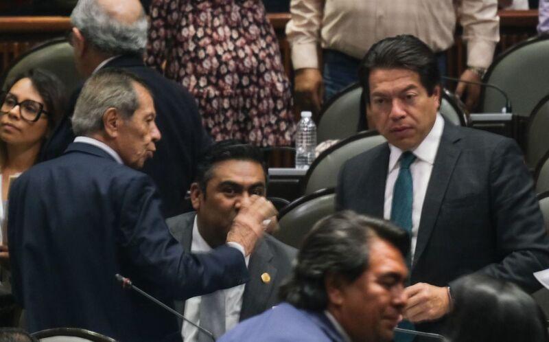 Los diputados Porfirio Muñoz Ledo y Mario Delgado.