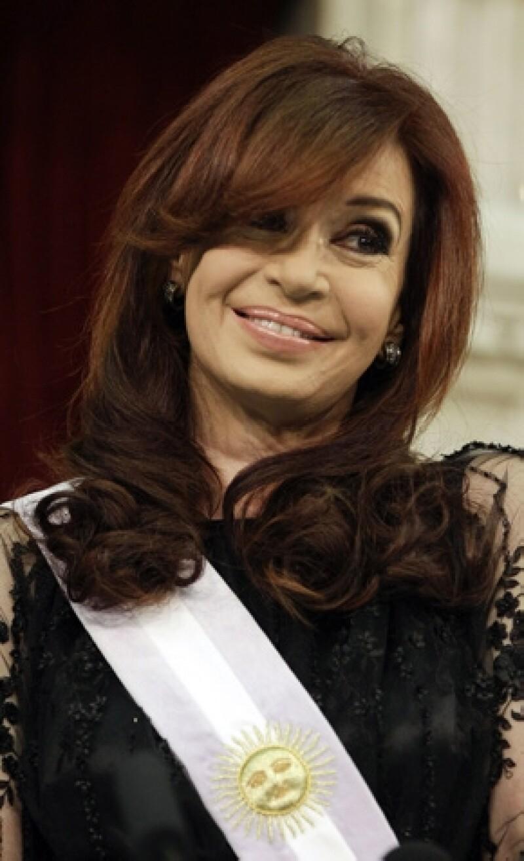 Cristina Fernández se someterá a una cirugía a principios de año debido a un carcinoma de tiroides, mismo que detectó hace unos días.