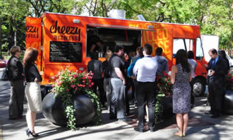 Los food trucks o furgones de gastronomía ambulante, un sector en crecimiento. (Foto: Shutterstock )