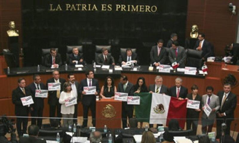 El Senado debate desde el domingo el dictamen de reforma al sector energético mexicano. (Foto: Cuartoscuro)