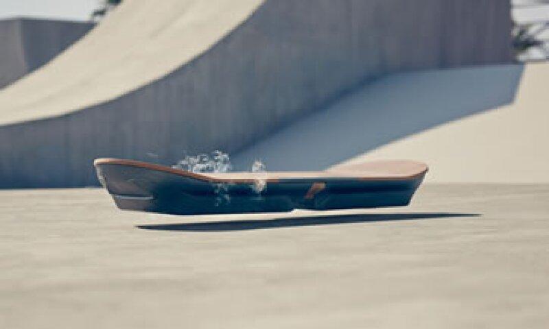 Los videos muestran la forma en que funciona el hoverboard de Lexus. (Foto: Lexus)