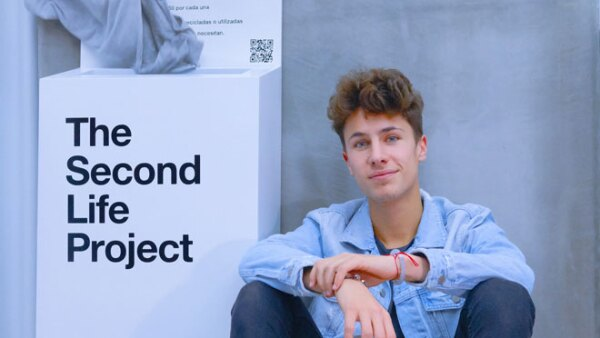 juanpa-zurita-the-second-life-project.jpg