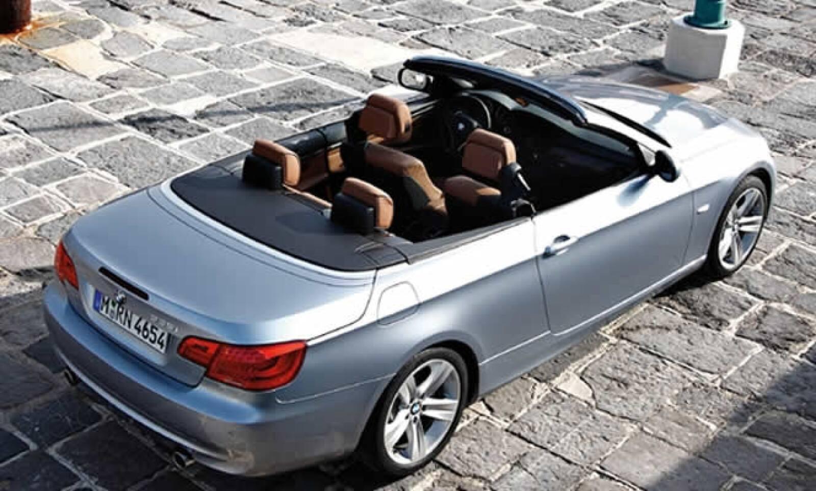 Los servicios de BMW Connectt Drive, son parte del innovador equipo que tienen los modelos de esta serie.