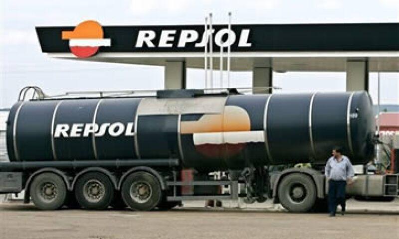 El Gobierno argentino quiere saber si el cambio accionario modificará los planes de inversión de Repsol-YPF. (Foto: AP)