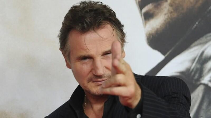 El actor irlandés Liam Neeson hizo unos comentarios sobre la política de posesión de armas en EU que enfadó a una organización