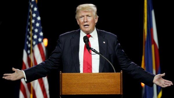 El virtual candidato republicano, Donald Trump, se defendió al asegurar que únicamente se trató de una estrella.