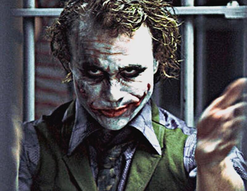 """El cineasta Christopher Nolan declaró que en su próxima película """"Batman: El caballero de la noche asciende"""", no mencionará al """"Guasón"""", personaje interpretado por el fallecido Heath Ledger."""