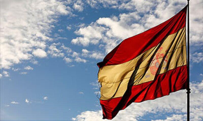 Hasta ahora, España ha tratado de reducir el déficit con fuertes medidas de austeridad.  (Foto: Cortesía CNNMoney)