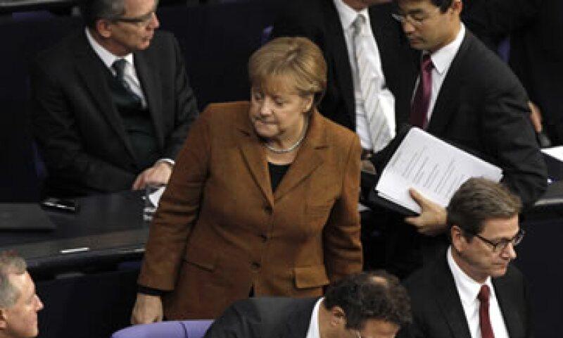 La canciller Angela Merkel recordó que el nivel de desempleo juvenil en Europa es demasiado elevado. (Foto: Reuters)