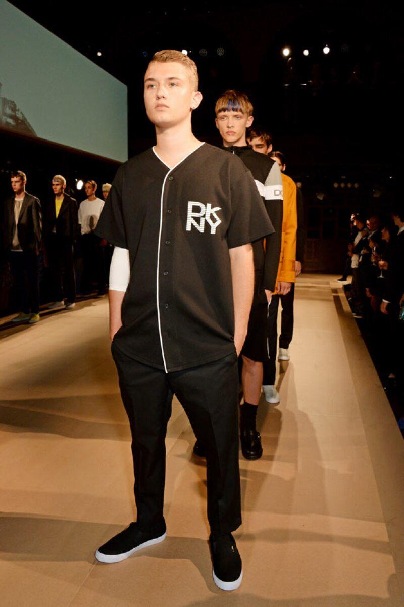 Rafferty Law, hijo de Jude Law, ha modelado para firmas como DKNY.