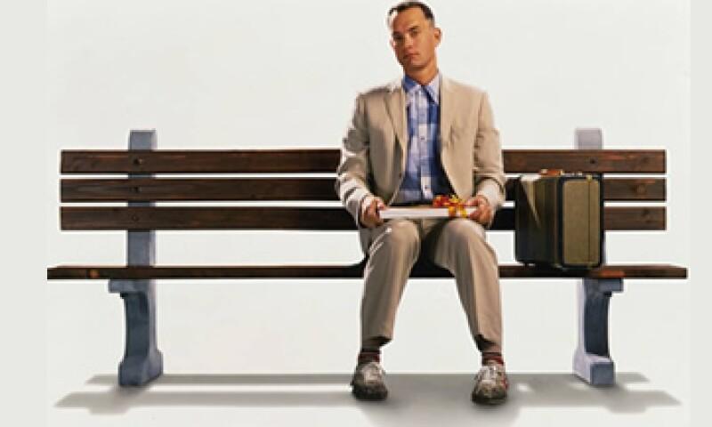 En la película Forrest Gump, el protagonista usa los tenis para atravesar el país y en la famosa escena de la banca. (Foto: Tomada de facebook.com/ForrestGump)