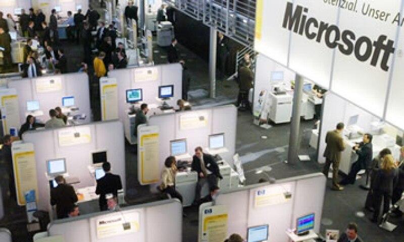 Microsoft lidia con las débiles ventas de computadoras que afectan su negocio principal, Windows. (Foto: AP)