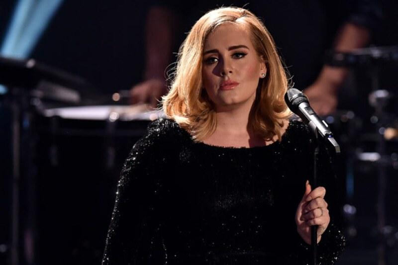 La cantante se presentará por vez primera en México en Noviembre del siguiente año.