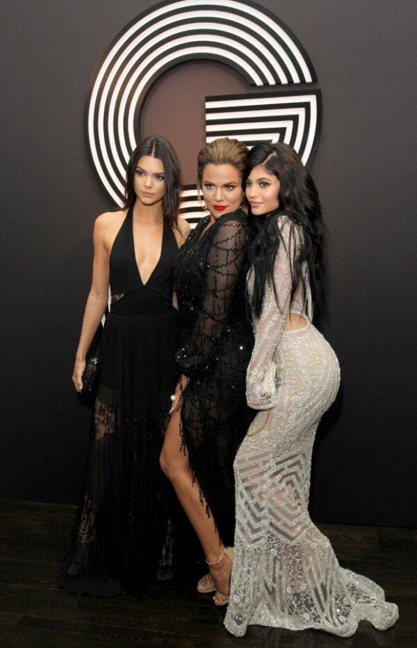 Hot! Así lucierom Kendall, Khloé y Kylie a su llegada a una de las múltiples after parties de los Grammy.