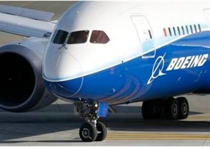 El Dreamliner 787 consume menos combustible que los aviones regulares. (Foto: AP)