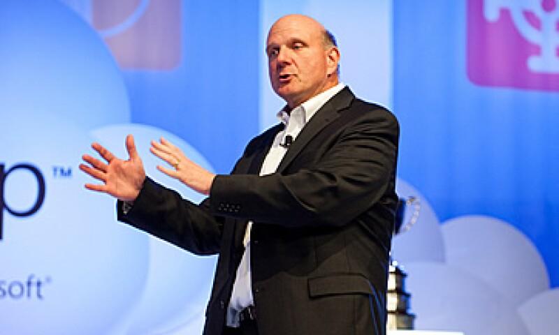 El lanzamiento de Windows 8 podría impulsar las acciones de la firma dirigida por Steve Ballmer hasta 30%. (Foto: Cortesía Microsoft)