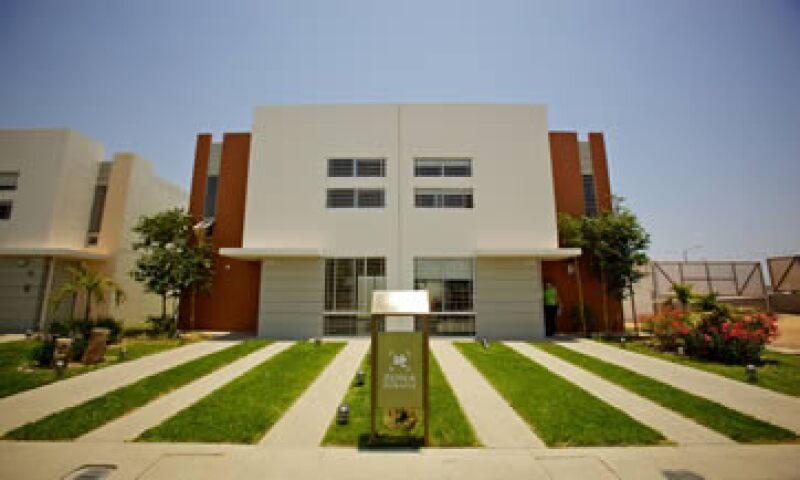 Sin considerar las penitenciarías que construirá, para el 2012 Homex espera aumentar de 10% a 12% sus ingresos totales. (Foto: Cortesía de Homex)