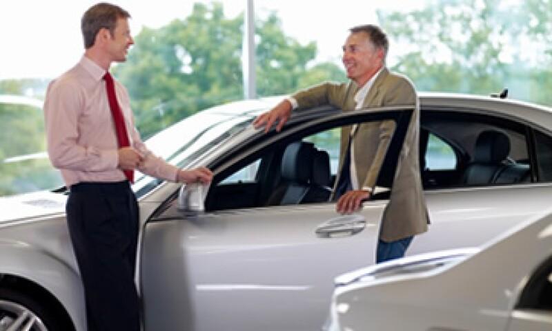 Las ventas de GM aumentaron 7% el año pasado mientras que las de Ford crecieron 11%. (Foto: Getty Images)