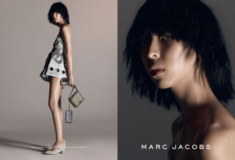 La marca devela su campaña SS 15 con it girls como Issa Lish, Karlie Kloss, y Joan Smalls.