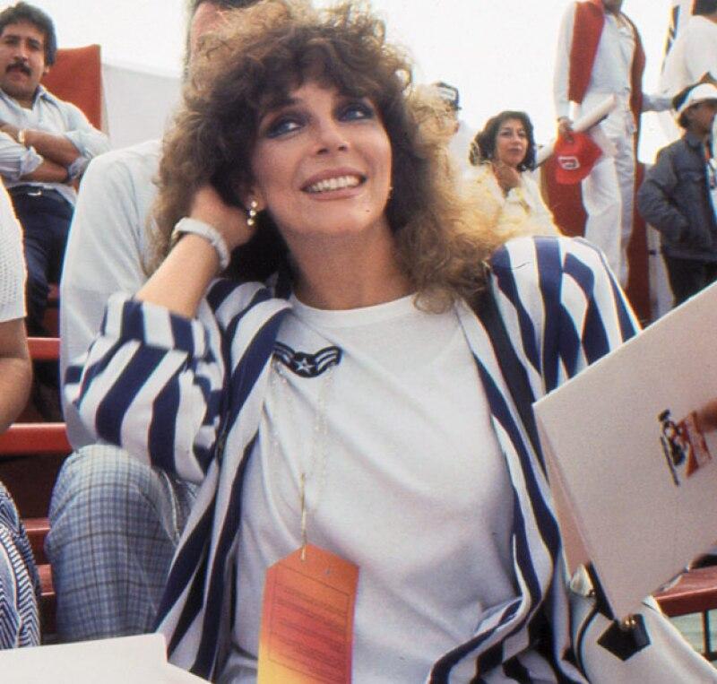 La actriz Verónica Castro, en la cúspide de su carrera, en el Gran Premio de México 1986.